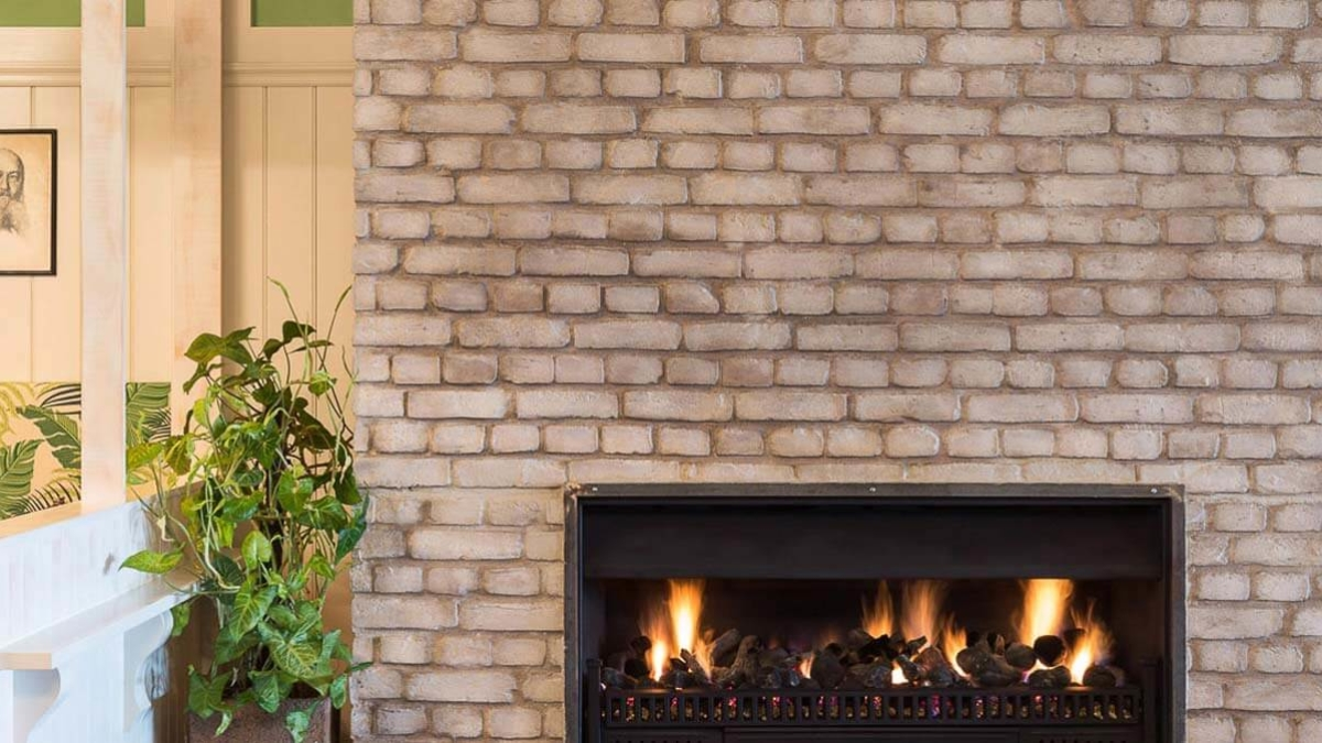 faux white brick wall fireplace - muros