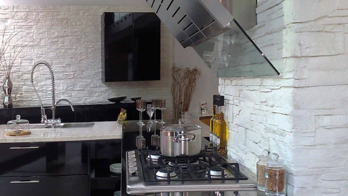 white stone wall for kitchen - muros