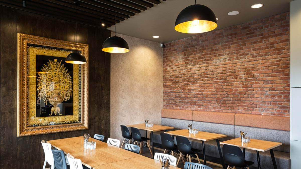 indoor cafe loft brick wall - muros