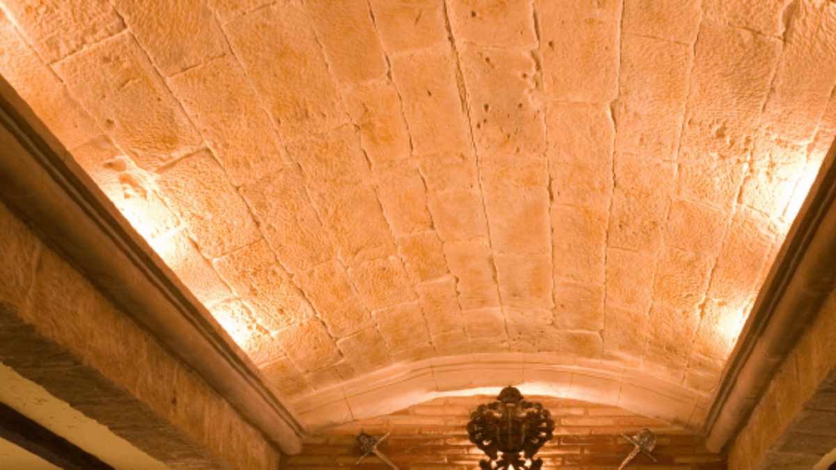 brick wall panel ceiling - muros