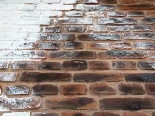 faux rustic loft brick closeup - muros
