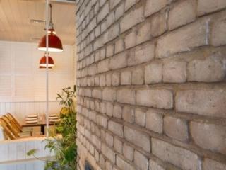 brick wall panel modern restaurants - muros