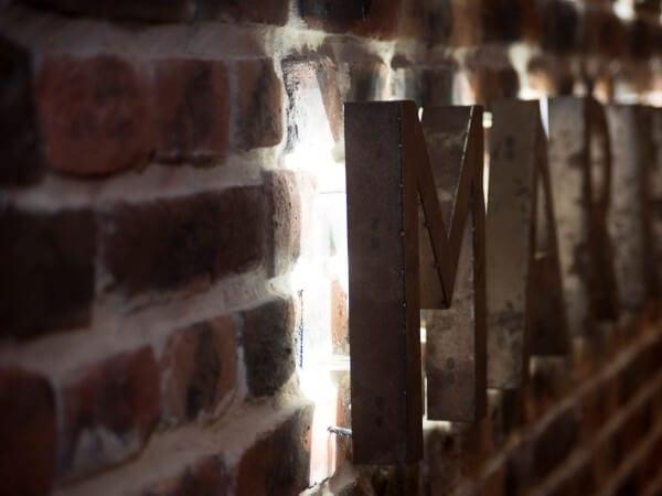 exterior brick wall panel metro stations - muros