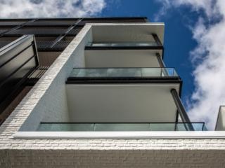 modern white brick wall panel - muros