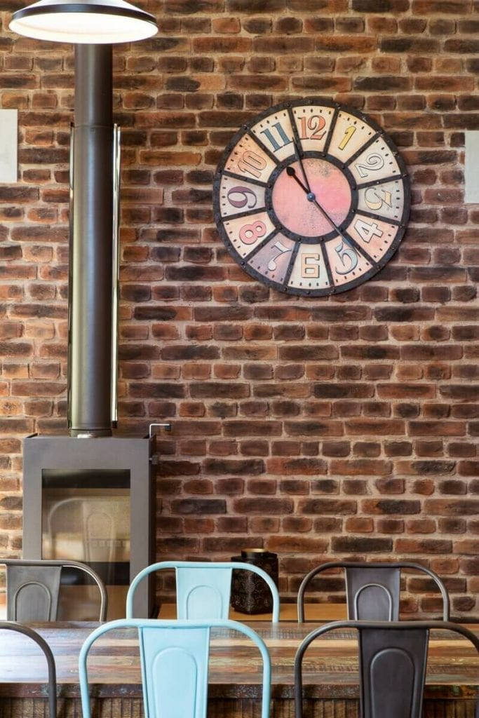 Rustic Loft Brick for Residential Kitchen Fireplace in Canterbury